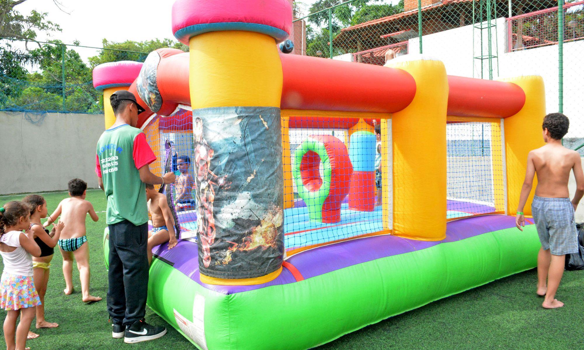 brinquedo, inflável, clube, campo, criança,, Foguinho/Arquivo Imprensa SMetal