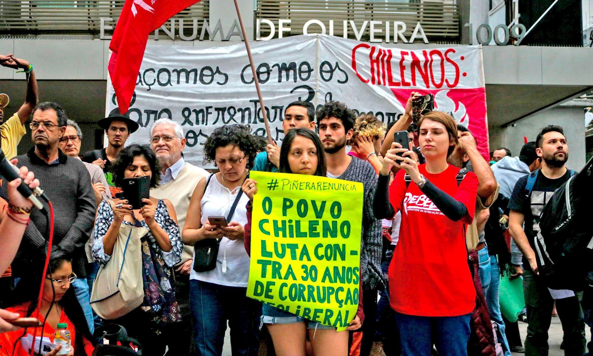 chile, protesto, são paulo, consulado, chileno, Guilherme Gandolfi