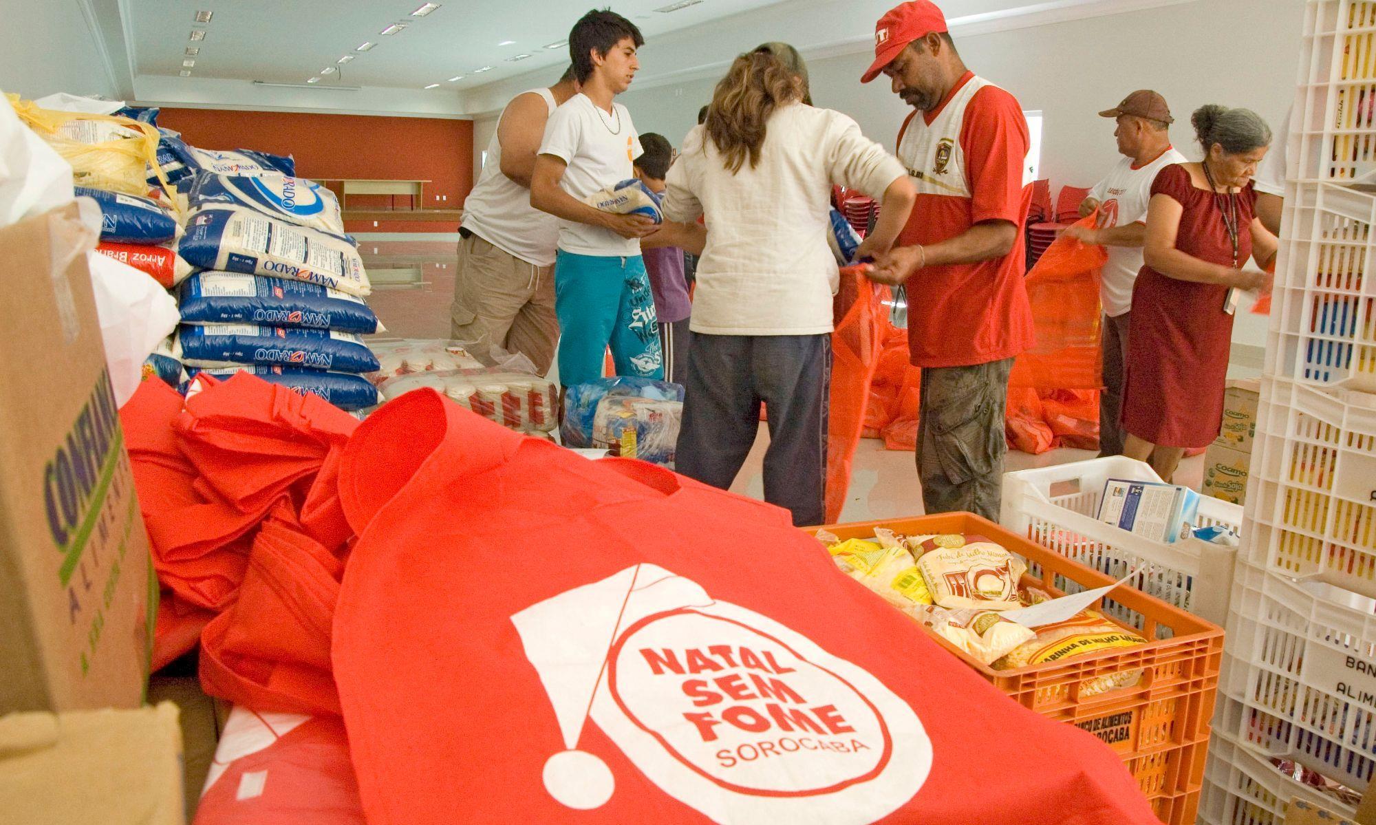 campanha, natal, fome, arrecadação, cesta, alimento, , Arquivo SMetal