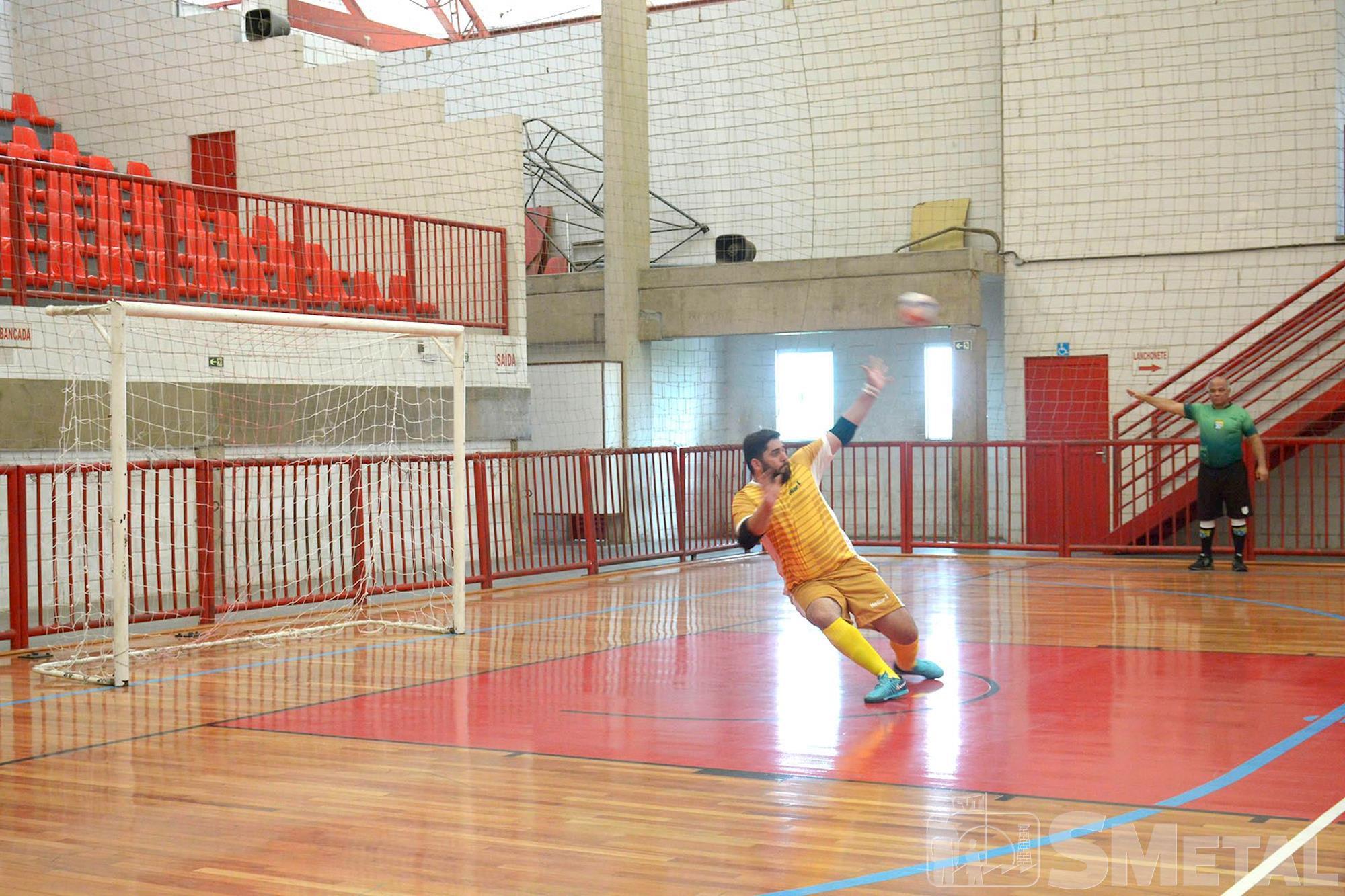 Jogos da semifinal da 14ª Taça Papagaio de Futsal do SMetal, semifinal,  taça,  papagaio,  futsal,  jogo,  torneio,  smetal, Foguinho/Imprensa SMetal, Clarios e DPR disputam o título de campeã da 14ª Taça Papagaio