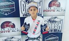 Filho de metalúrgico se destaca em campeonatos de jiu-jitsu