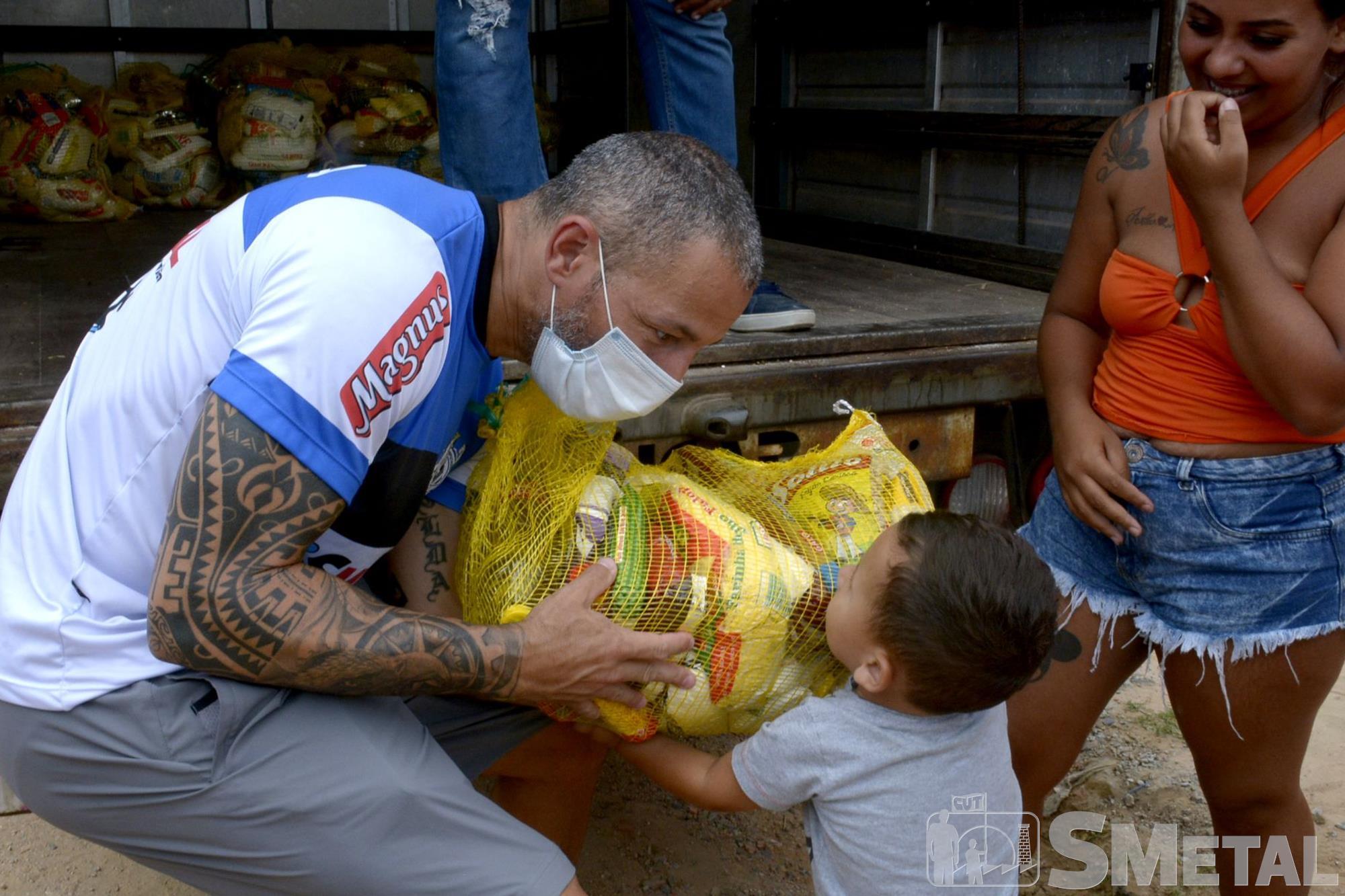 Natal sem Fome doa 1, 1 mil cestas em Sorocaba e região; confira as fotos