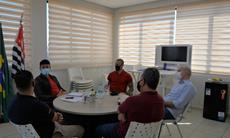 SMetal debate desenvolvimento com Prefeito de Araçariguama