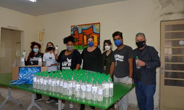 'UFSCar Sorocaba em ação' realiza doação de álcool em gel e máscaras