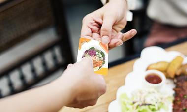Após pressão, proposta que afeta o vale alimentação e refeição deve cair